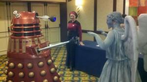 Dalek vs Angel w Hal
